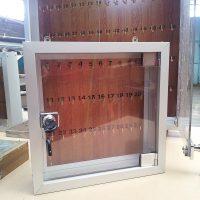cajas porta llaves marco aluminio y puertas acrilico