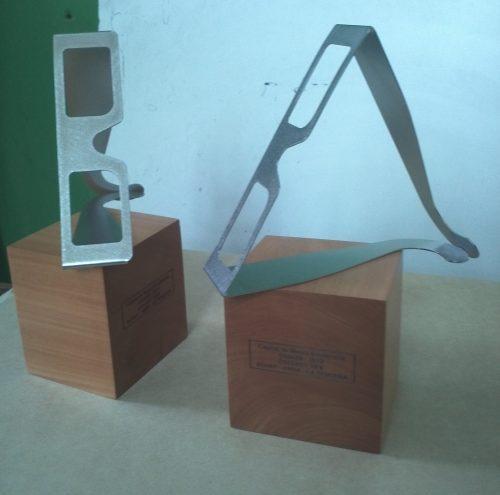 galvano acero corte laser plegado base madera
