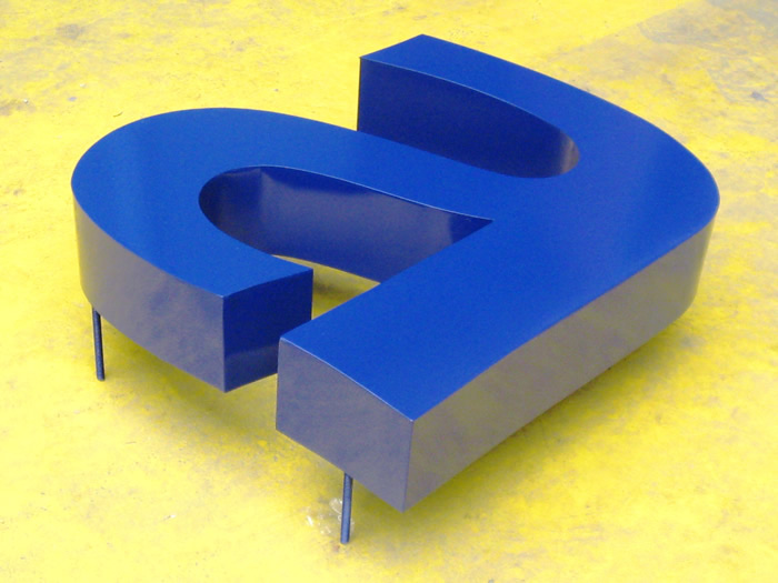 Letras volumetricas números volumen iluminación Led
