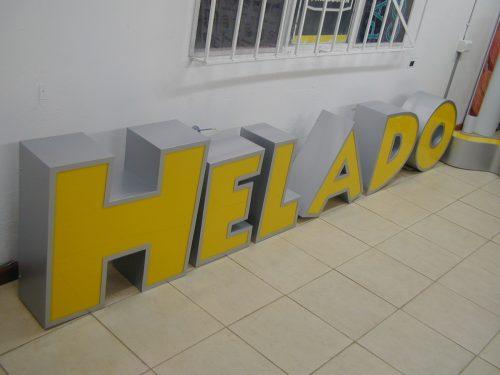 letras volumetricas frente acrilico iluminación led