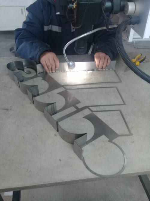 logo volumetrico en soldadura laser