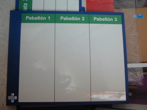pizarra formalita con grafica adhesiva blanco plumón