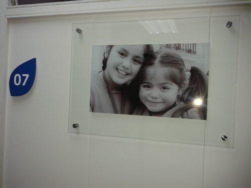 placa doble vidrio templado 4 mm con distanciadores acero imagen intercambiable pared