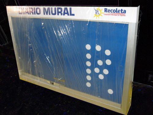 DIARIO MURAL MAGNETICO,PERFIL ALUMINIO 45 X 75 , 2 VIDRIOS DE 4 mm, CHAPA CON 2 LLAVES,