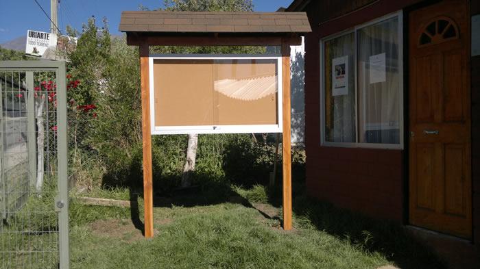 Diario Mural Exterior Techo Asfáltico Pilares Pino Oregon