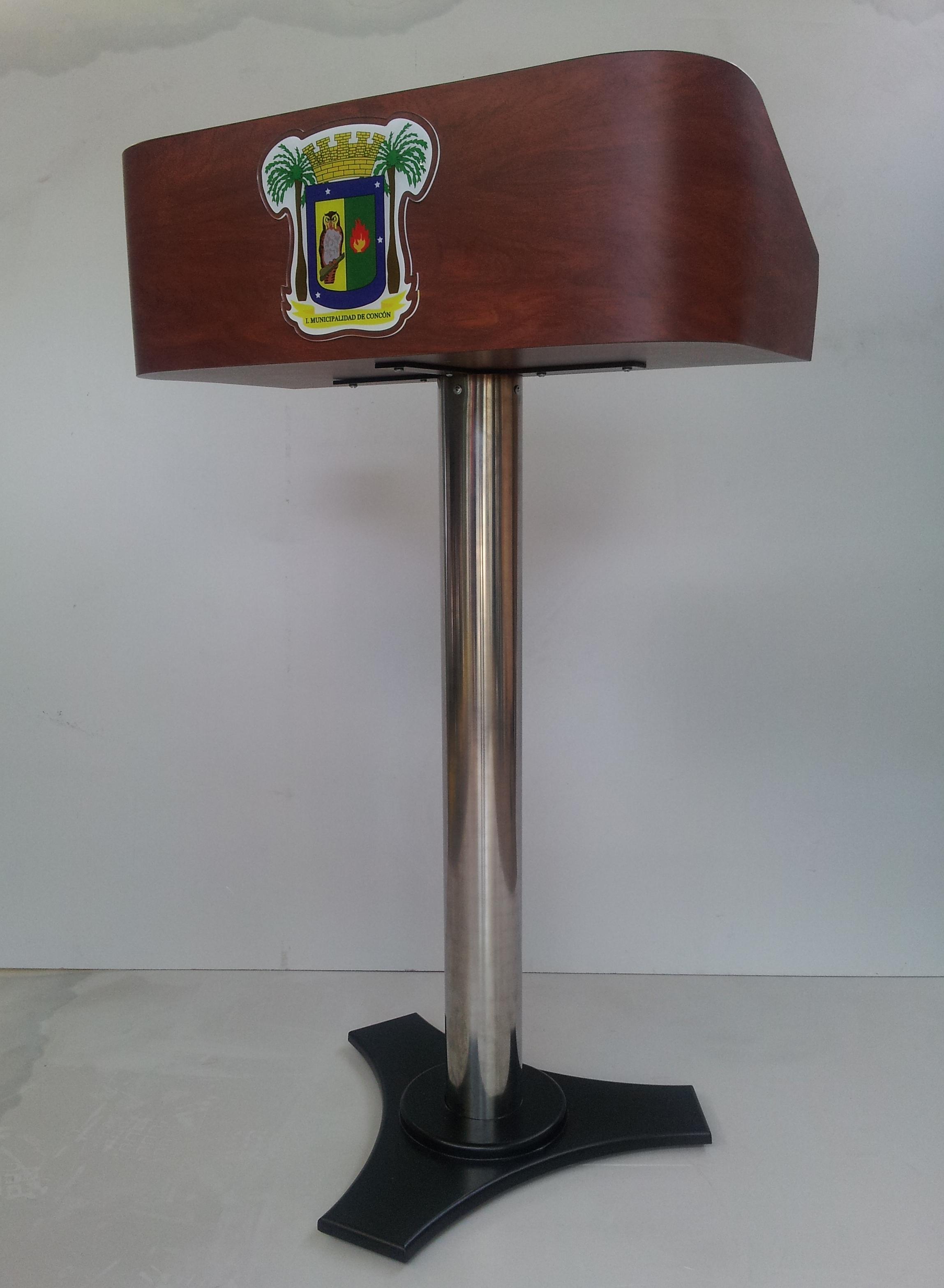 podium madera enchapada pedestal acero